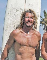 michael-willis-champion-surfer